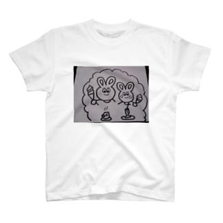 うさぎの親子のおやつ Tシャツ