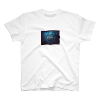 EARTH Tシャツ