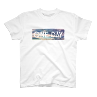 ONE DAY Tシャツ