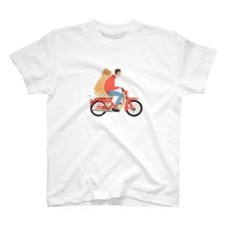 自転車に乗る人と犬 Tシャツ
