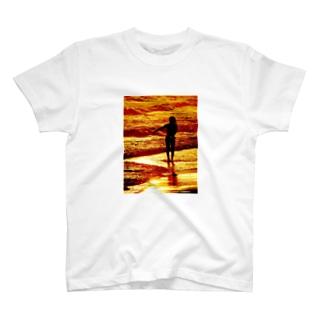 Surfer Girl Tシャツ