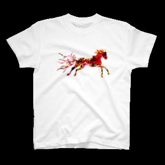 helocdesignのRed HorseTシャツ