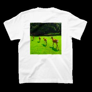 ならばー地亜貴(c_c)bの帰る奈良の鹿 T-shirts