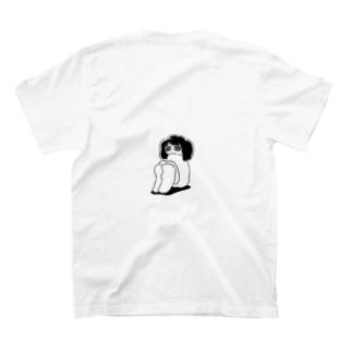 着地あるいは浮遊 T-shirts
