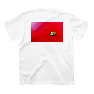 〈black logo〉strawberry back print T-shirts