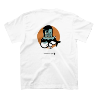 Giraffe moon city シリーズ (Orange) T-shirts