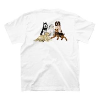 大きい犬たち T-shirts