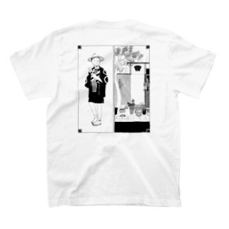 夏の路地裏 T-shirts