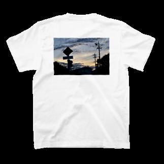 クリス⛈️のなんかエモいの T-shirts