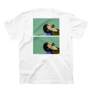 矢島光 T-shirts