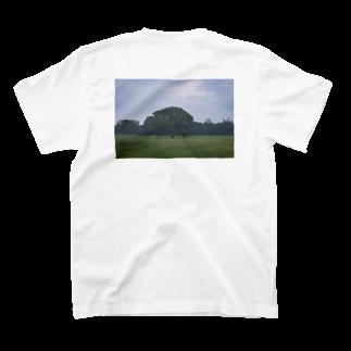 クリス⛈️の木 T-shirts