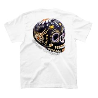 #42 Huesos Cruzados  T-shirts