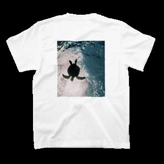 _O4muのウミガメ T-shirts