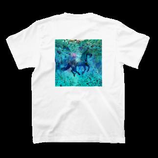 レイナ.イのHorse  T-shirts