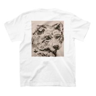 目が語る犬 T-shirts