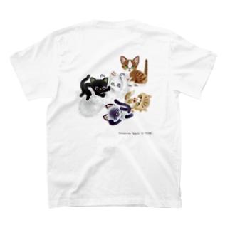 たわむれニャンズ T-shirts