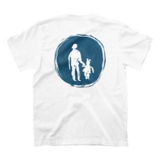 歩行者 T-shirts