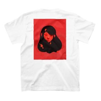 露髪 T-shirts