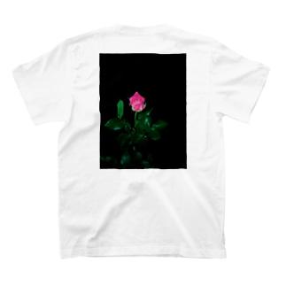🥀 T-Shirt