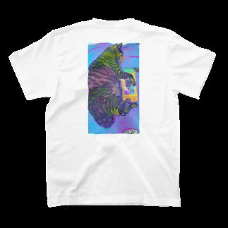 jeniの巨大猫 T-shirts