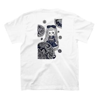 ワンピースおんなのこ。うしろイラスト T-shirts