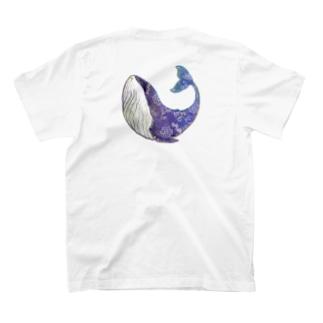 クジラが見ている T-shirts
