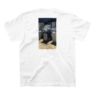 電化製品 T-shirts