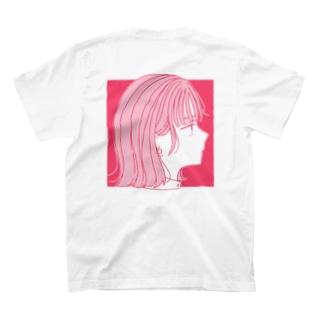 ピンクの子 T-shirts