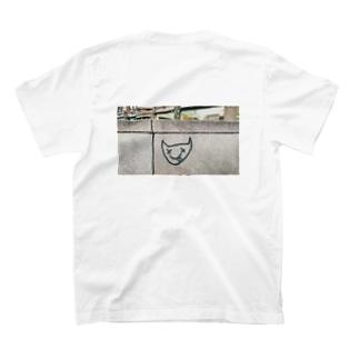 フィンランドねこ?落書きフォト T-shirts