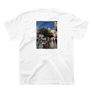 sev.O T-shirts