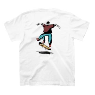 キックフリップ T-shirts