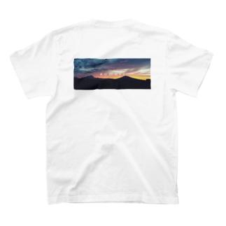岩木山 バックプリント T-shirts