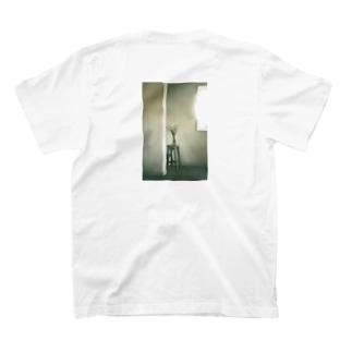 窓明かり T-shirts