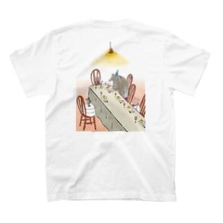 happy birthday くま T-shirts
