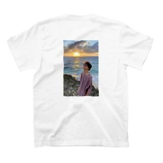 吉田くんの輝き T-shirts
