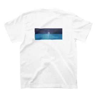 月と海 T-shirts