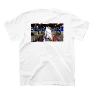 audsix graphic T-shirts