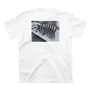 シメサバ T-shirts