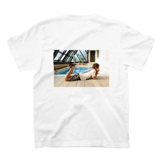 プール T-shirts