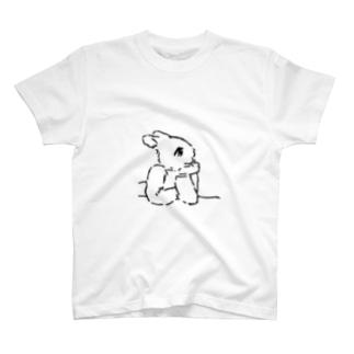 うさぎむすこ(黒7) T-shirts