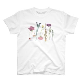 ほどけたブーケ T-shirts
