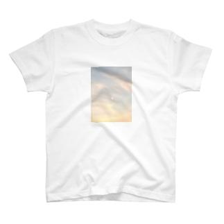 宵口の月 T-shirts