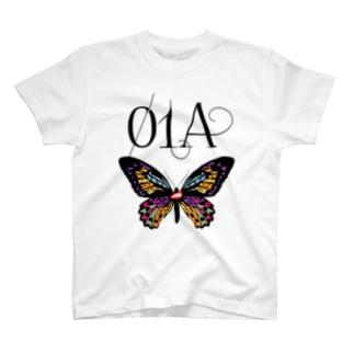 01A・蝶 T-shirts