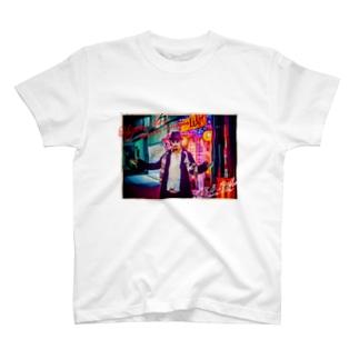 平日マスクグラフィック-ネオン- T-shirts