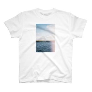 境界線 T-shirts