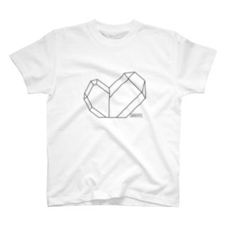 水晶-日本式双晶(黒) T-shirts