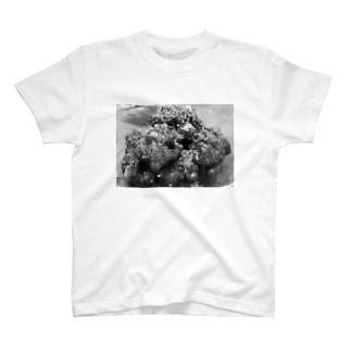 ヤンニョムチキン T-shirts