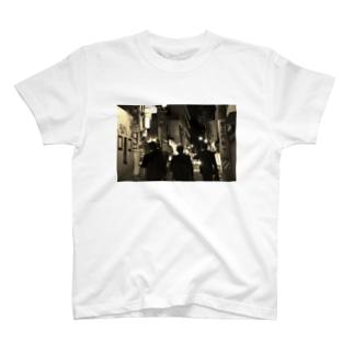 企業戦士 T-shirts