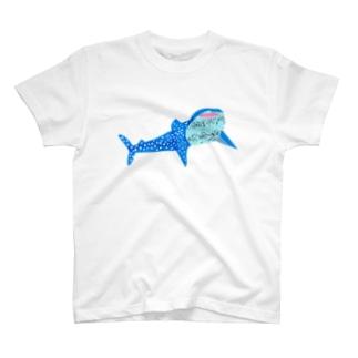 にっこりジンベイザメ T-shirts