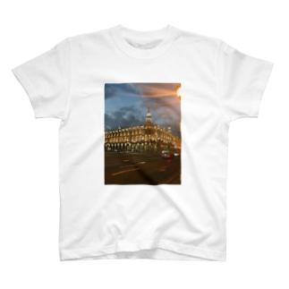 エキゾチックな街並み T-shirts